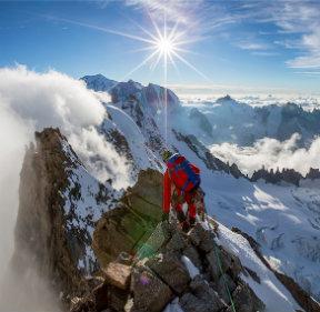 Alpinisme : se préparer pour l'ascension d'un 4000 mètres