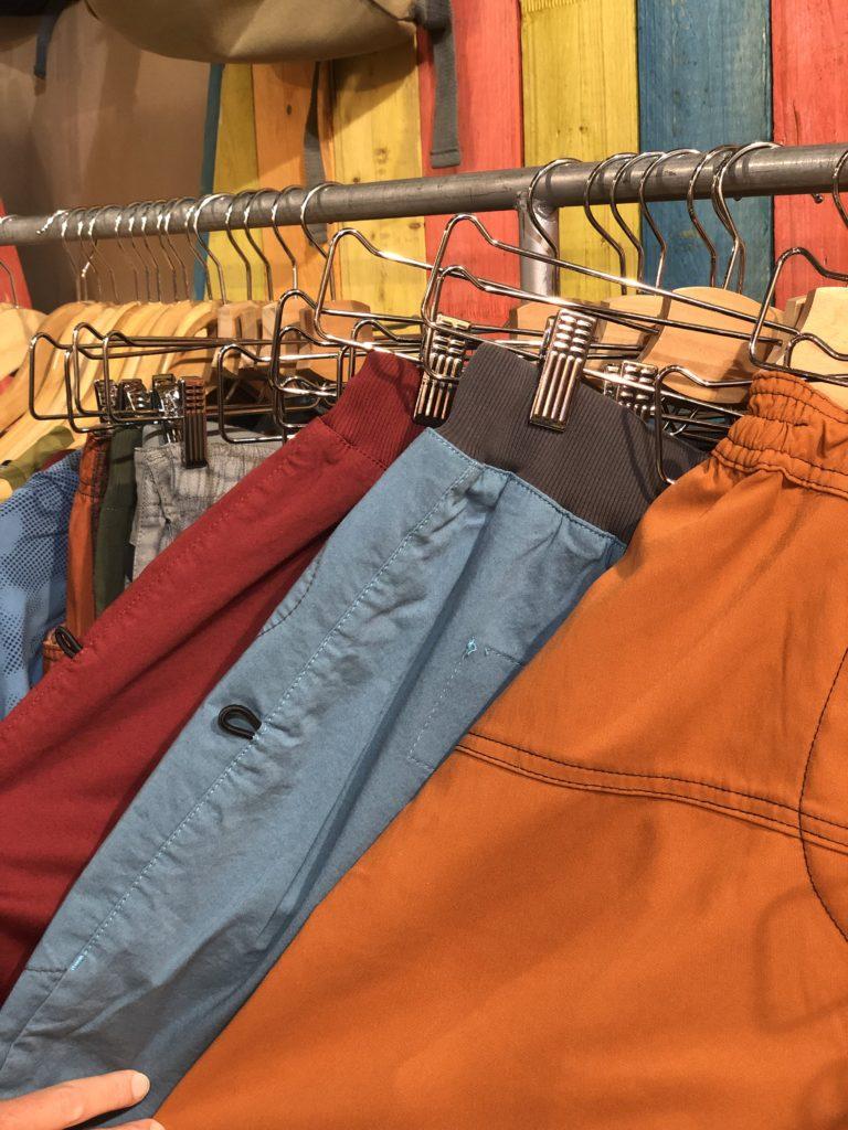 pantalons e9